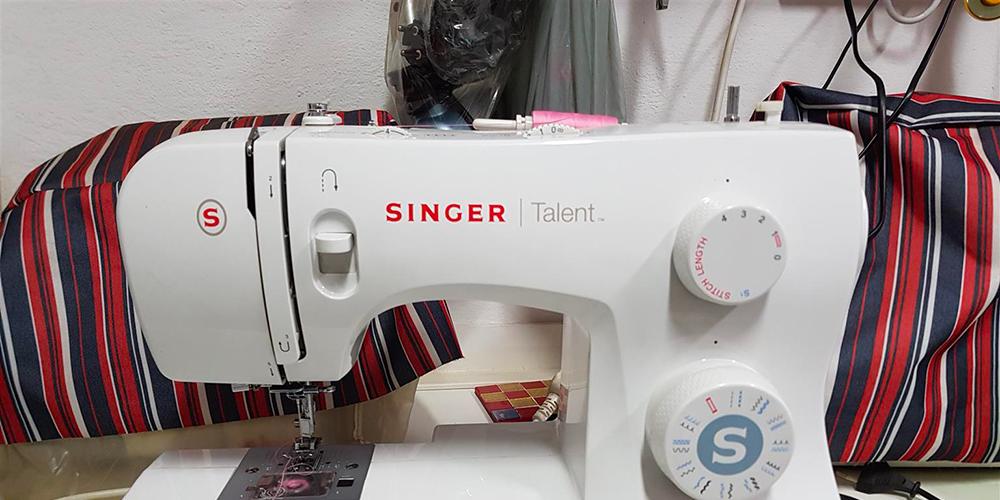Singer-Talent-3323-macchina-per-cucire